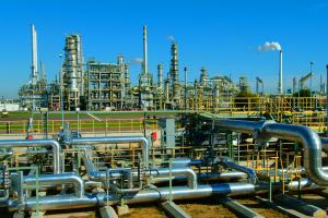 Oil Refinery 600x400